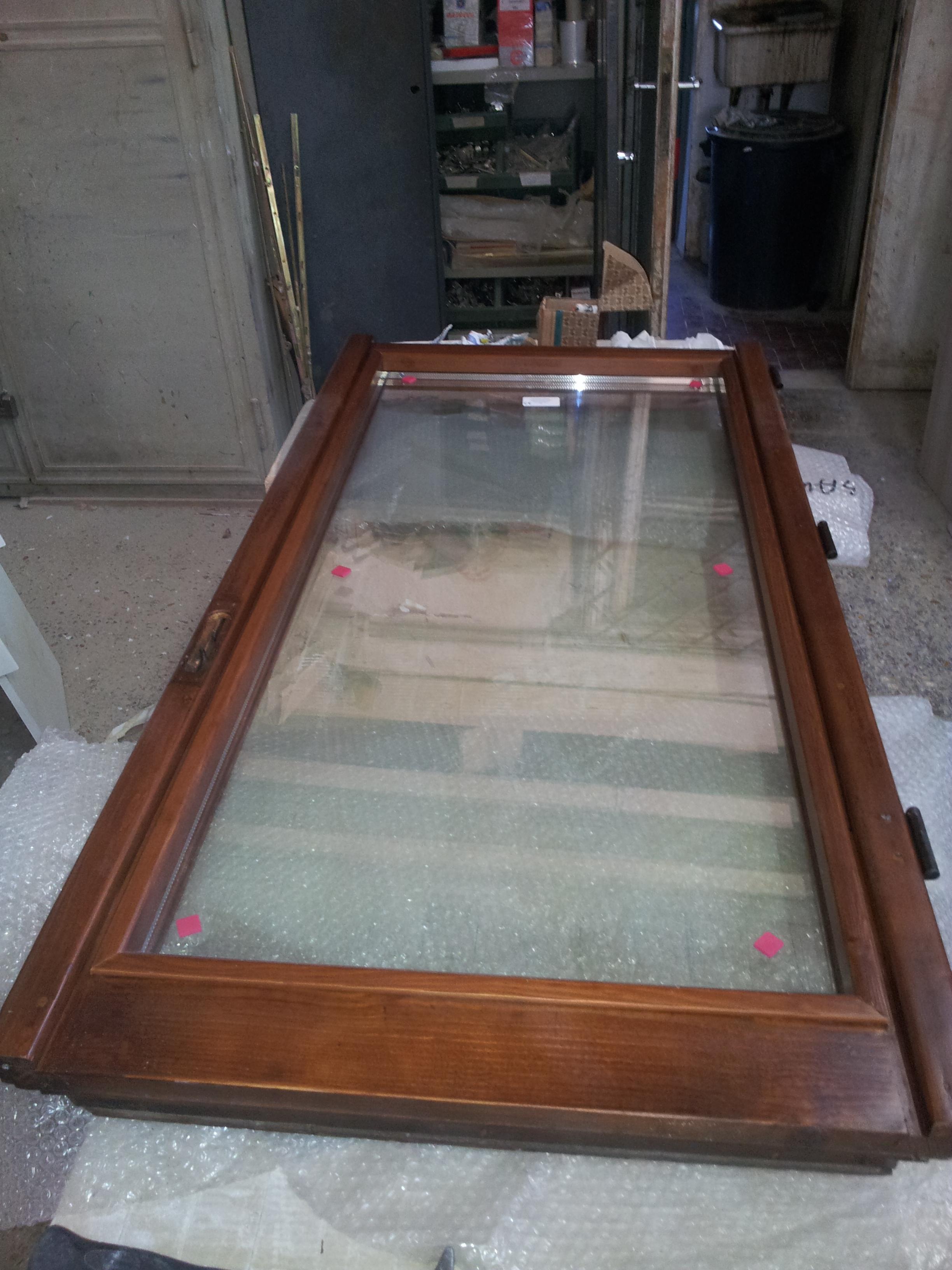 Restauro finestre in legno e sostituzione vetri restauro - Finestre doppi vetri ...