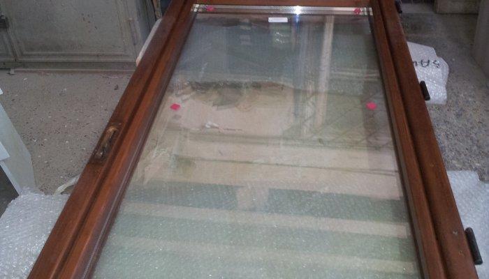Restauro finestre in legno e sostituzione vetri restauro - Sostituzione vetri finestre ...
