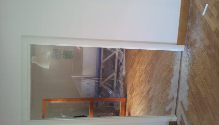 Porta scorrevole con specchio laminata bianca porte per - Porta specchio scorrevole ...