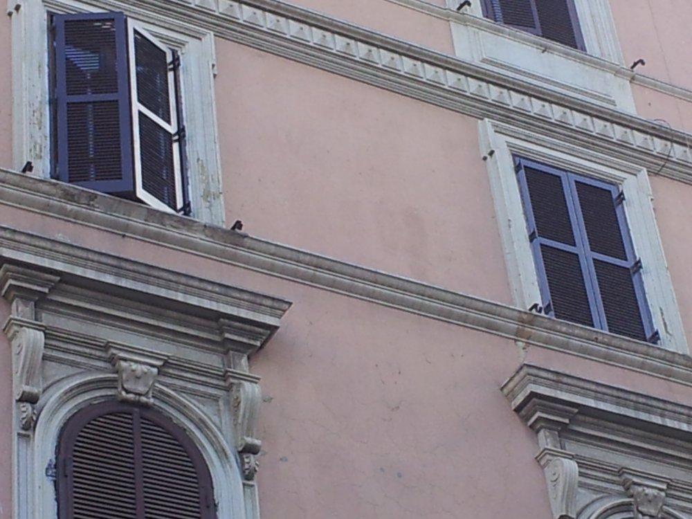 Restauro conservativo persiane zona p vittorio restauro persiane in legno falegnameria roma - Restauro finestre in legno ...