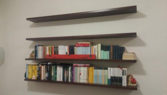 Libreria sospesa a parete librerie a giorno falegnameria roma