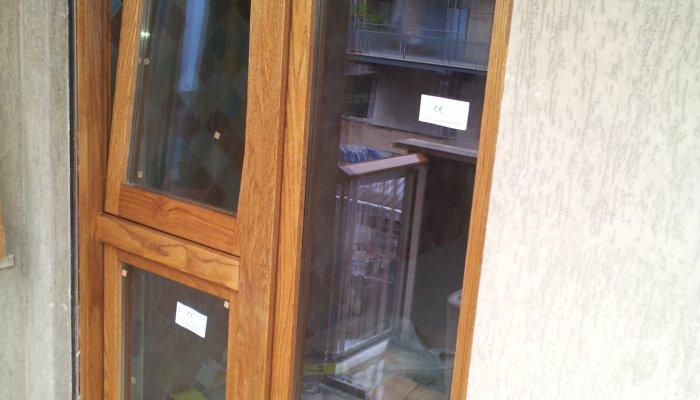 Finestre in lamellare finestre in legno massello - Finestre in legno lamellare ...