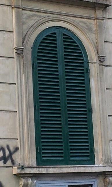 Restauro persiane in legno falegnameria roma restauro - Restauro finestre in legno ...