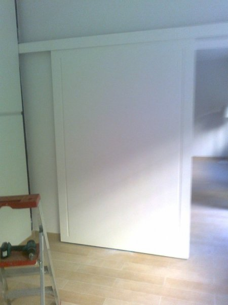 Porta laccata bianca scorrevole a mantovana porte per - Porta mantovana ...