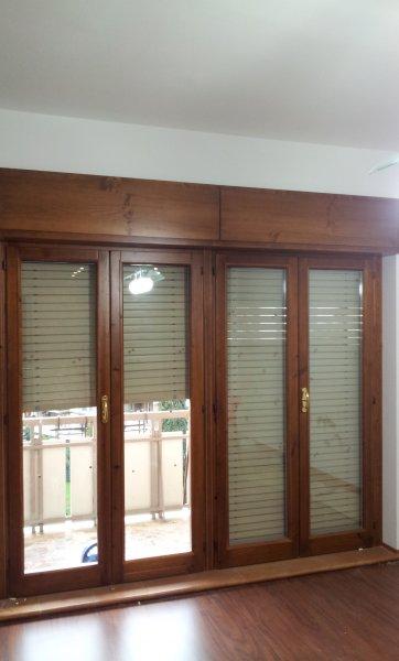 Restauro finestre in legno e sostituzione vetri restauro - Vetri termici per finestre ...