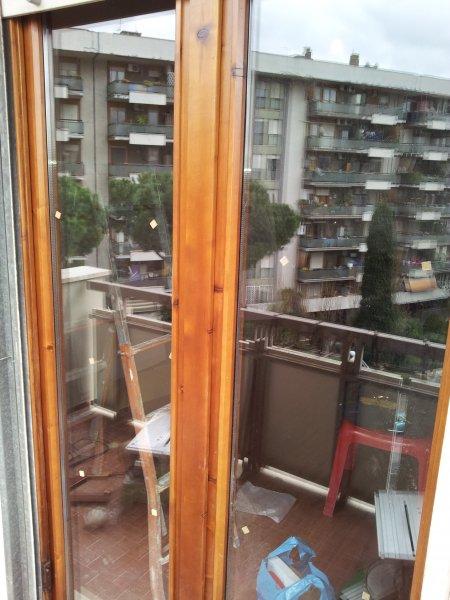 Restauro finestre in legno e sostituzione vetri restauro - Restauro finestre in legno ...