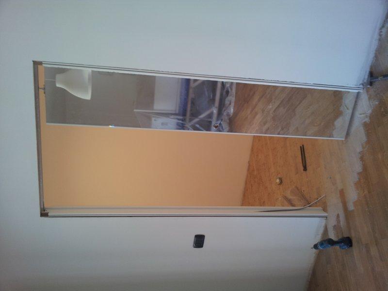 Porta scorrevole con specchio laminata bianca porte per - Porta tamburata legno ...
