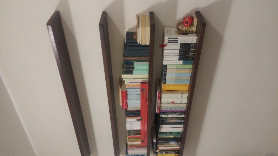 libreria sospesa a parete - Librerie a giorno - Falegnameria Roma ...
